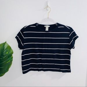 🌈 3/$25 H&M Navy Blue & White Striped Cropped Tee